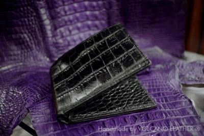 Ví nam da cá sấu Volcano leather