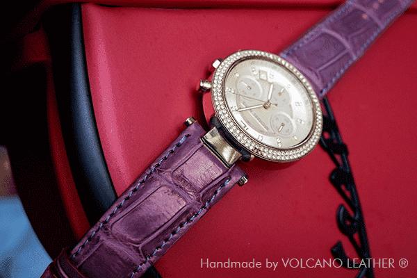 Dây đồng hồ Michael Kors da cá sấu Volcano leather